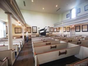 el interior iglesia