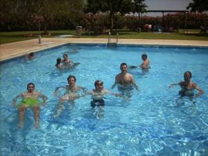En la piscina, celebrando el fin de la temporada