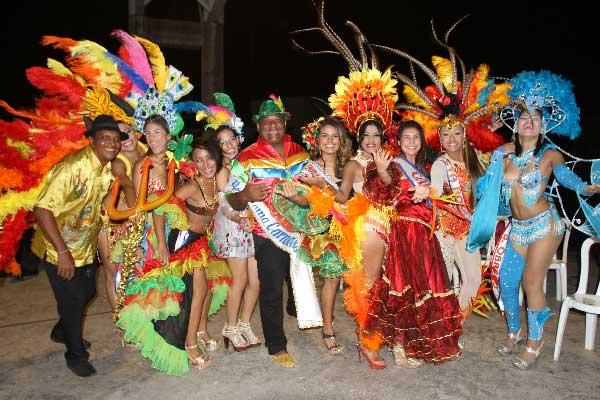 Estas son las aspirantes a Reina Central del Carnaval, hoy se coronará la más alegre y simpática en la Elección y Coronación a partir de las 7:00 de la noche en la plaza Alfonso López. EL PILÓN / Cortesía.
