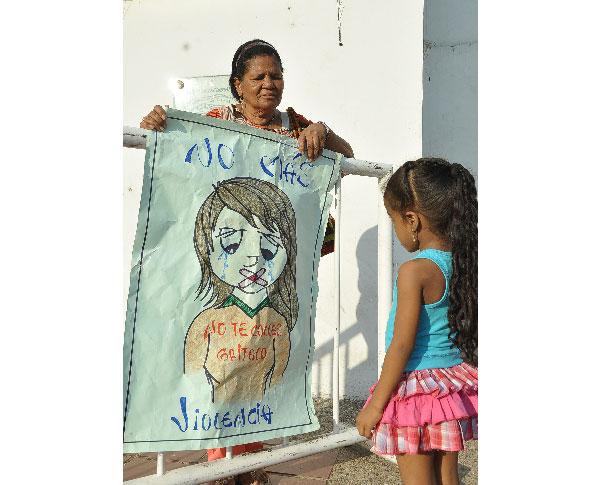 A través de estas manifestaciones, Voceros y Voceras han rechazado la violencia contra la mujer.EL PILÓN /JOAQUIN RAMIREZ.