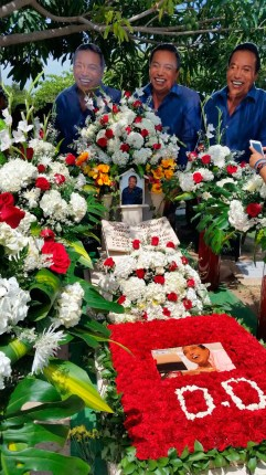 Con flores e imágenes del 'Cacique' vistieron la tumba. Carlos Mario Jiménez/EL PILÓN.