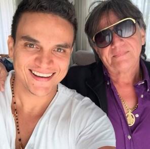 Silvestre junto a su padre William Dangond, conocido en el mundo artístico como 'El Palomo'.
