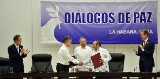 FirmaAcuerdosPazFarc