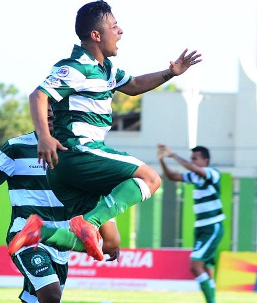 Ricardo Delgado aseguró estar dispuesto a jugar más para el equipo y confía volver a la titular 'verdiblanca'.