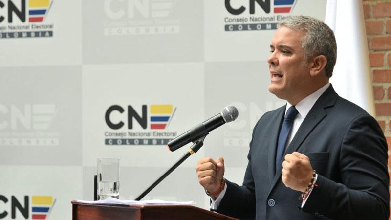Maduro dice que Álvaro Uribe gobernará a Colombia por Twitter