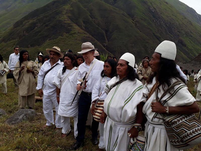 El presidente Juan Manuel Santos sancionó dos normas para la preservación del medio ambiente de Colombia: Ley de Cambio Climático y Ley de Páramos.