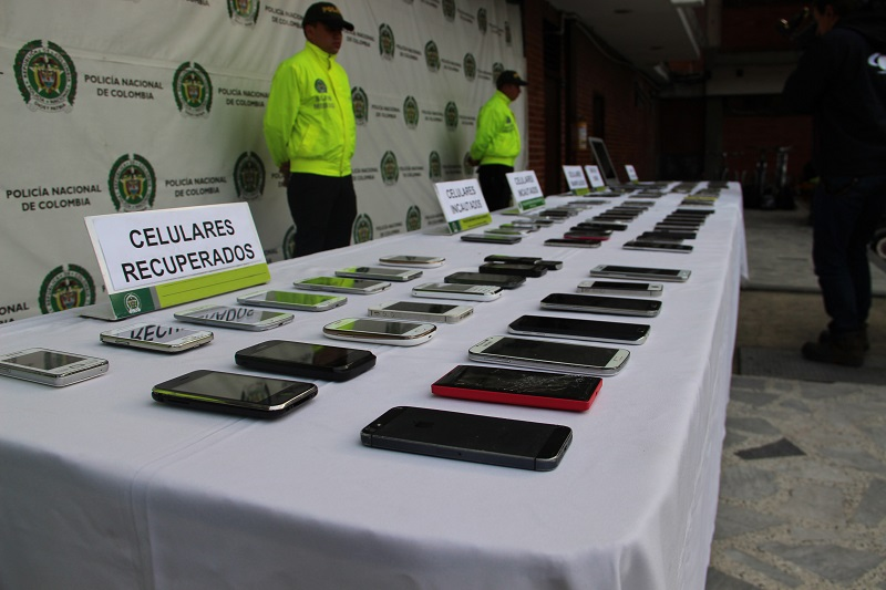 Los celulares robados dejarán de funcionar en todo el país
