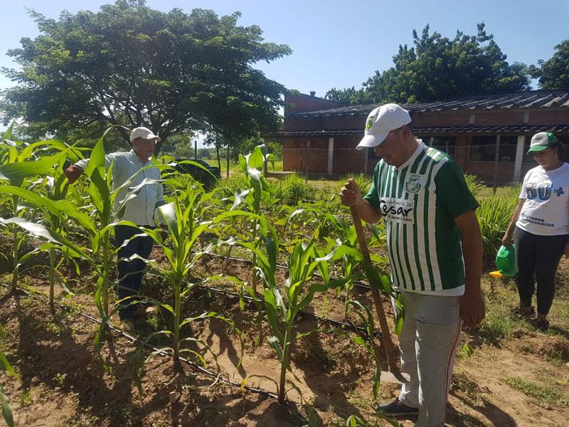 Además de los líderes de este proyecto se han vinculado personas de la comunidad de manera voluntaria para trabajar en esta actividad.