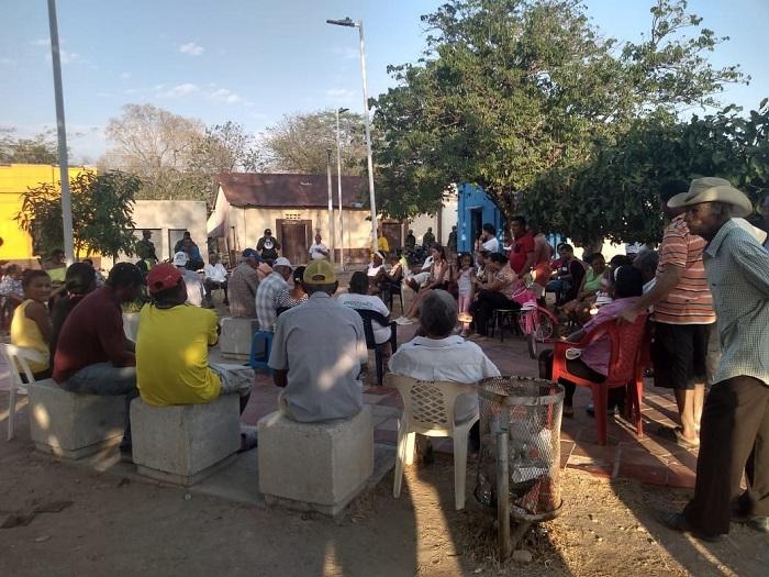 La comunidad se reunió en esta actividad para buscar soluciones a los problemas que afectan sus condiciones de vida.