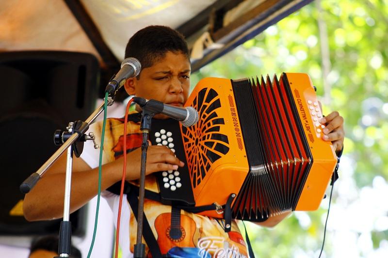 Juan Esteban Ochoa Barros destacó su familiaridad con reconocidos nombres de este folclor como Calixto y Rolando Ochoa.  Foto: JOAQUÍN RAMÍREZ.