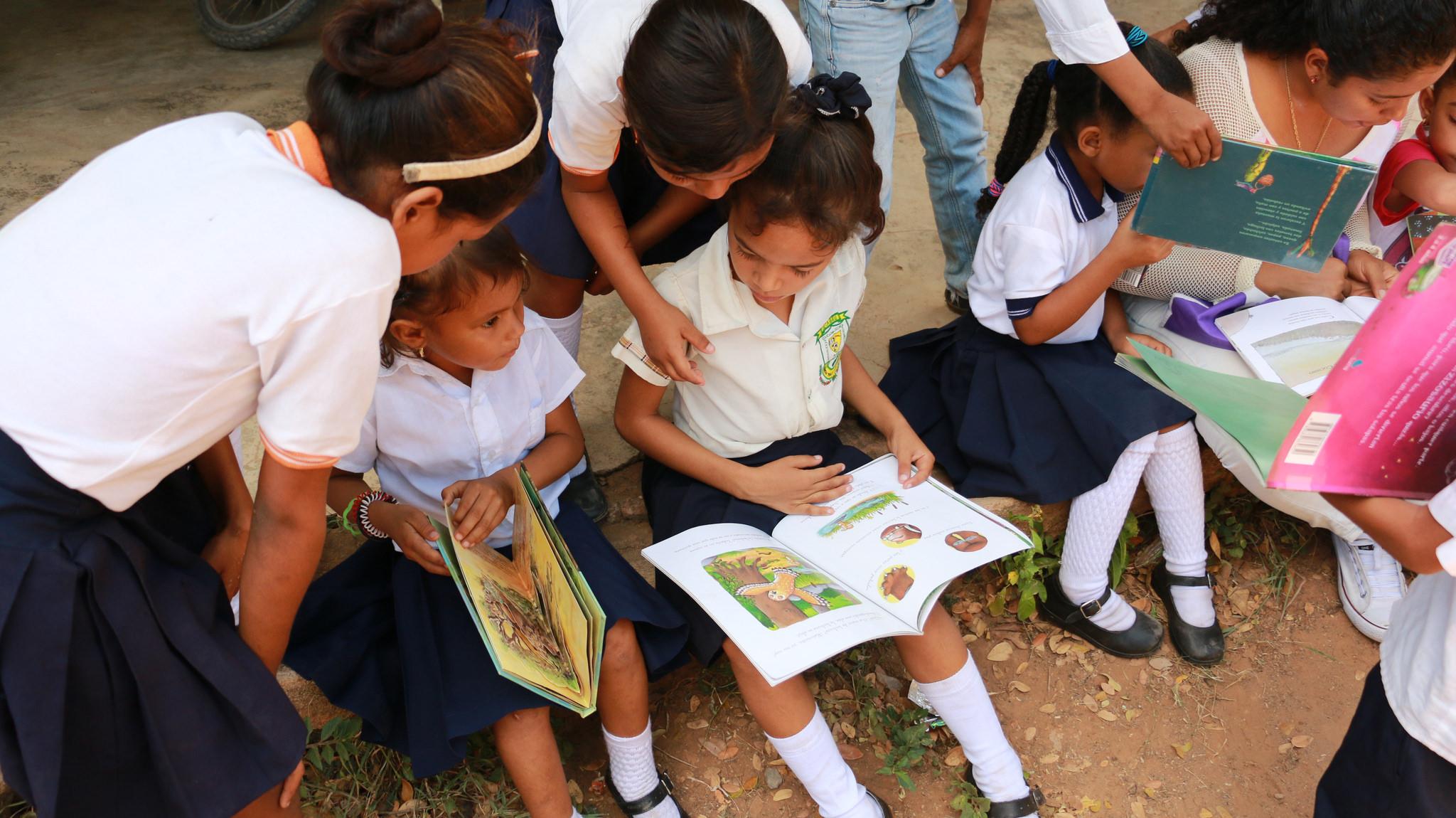 En total serán 41 colegios oficiales los que por medio de sus estudiantes de bachillerato participarán en este concurso.   ARCHIVO