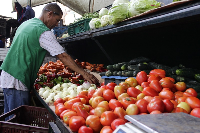 Entre junio y julio los precios de alimentos y bebidas no alcohólicas subieron 0,66 %.  FOTO: JOAQUÍN RAMÍREZ