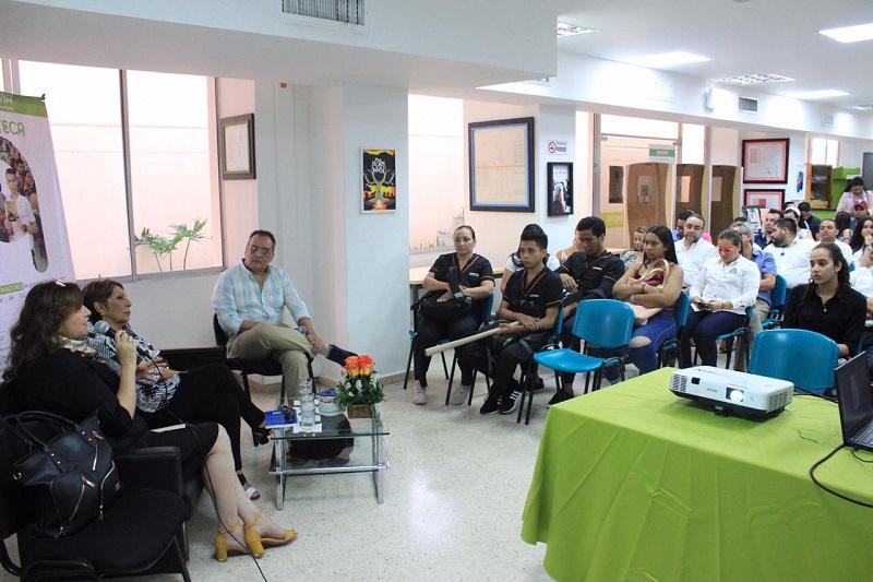 Con la participación de diversas casas editoriales, la Fundación Universitaria del Área Andina realizó la quinta feria editorial denominada 'Las letras te hacen soñar'.  FOTO/ CORTESÍA.