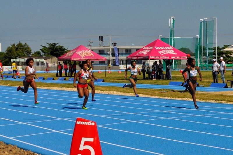 El atletismo del Cesar se quedó con las ganas de congrarse una medallas.   FOTO/CORTESÍA.