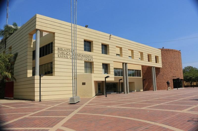 Las bibliotecas públicas permanecerán cerradas pero mantienen el servicio de préstamo en línea.   FOTO/JOAQUÍN RAMÍREZ.