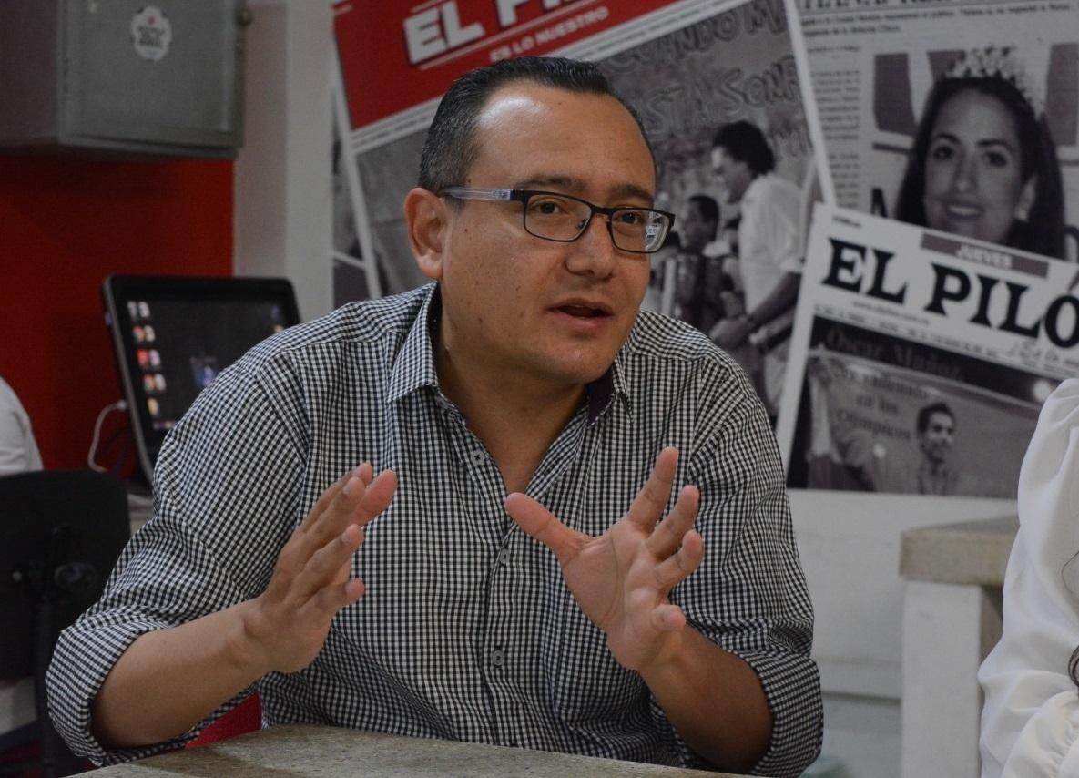 Carlos Marín, cronista y director de la Feria del Libro de Montería.   FOTO/SERGIO MCGREEN.
