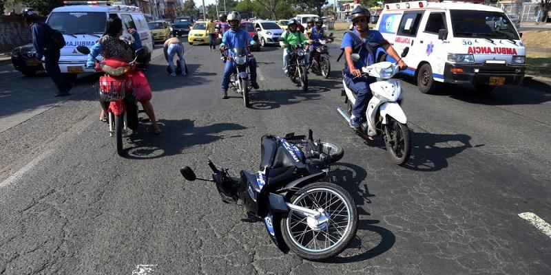 Las motocicletas están involucradas en la mayoría de los siniestros viales.  FOTO/REFERENCIA.