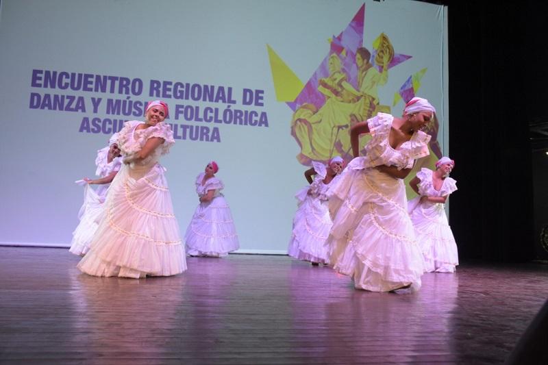 El Grupo de Baile Cumbé fue creado en el 2006 en Valledupar.     FOTO: CORTESÍA.