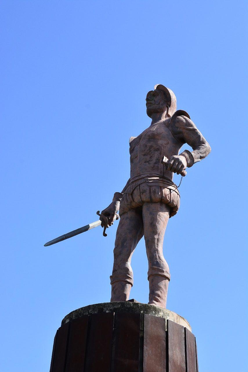 La glorieta que rinde homenaje a Hernando de Santana está ubicada en la calle 21 con carrera 7A de Valledupar.  Foto: Joaquín Ramírez.