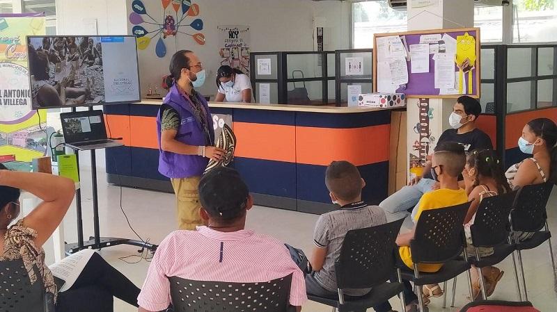 Este proyecto busca fomentar los hábitos de lectura en niños y jóvenes del corregimiento de Rincón Hondo y sus alrededores.   FOTO: CORTESÍA.