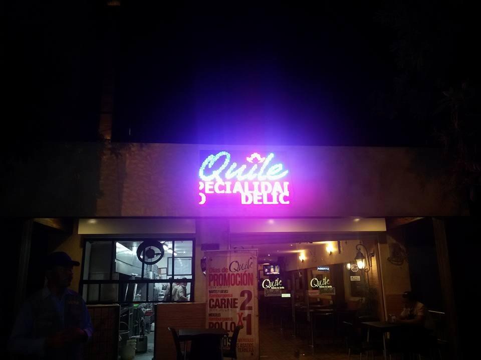 El restaurante está ubicado en la avenida Simón Bolívar de Valledupar.