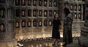 Arya en el templo de los mil rostros.