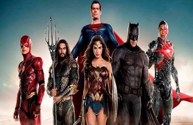 películas de superhéroes para ver en casa