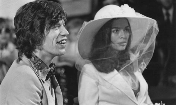 novias con sombrero
