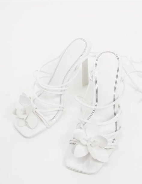 sandalias blancas para novias