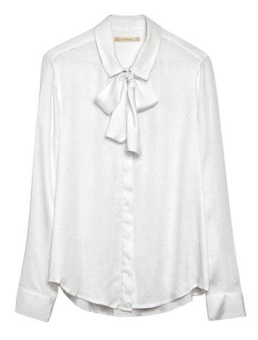 Camisa Mariett con moño $799, Yagmour