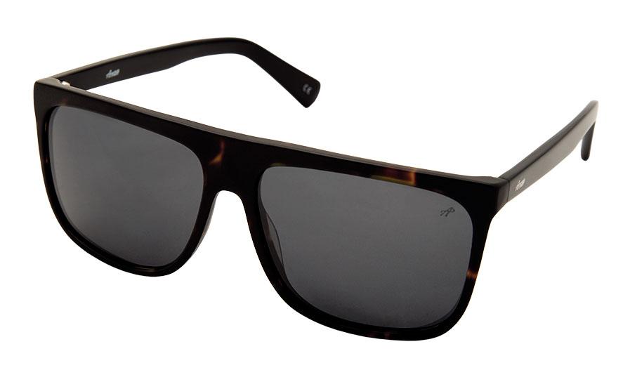 Acetate presenta una línea de lentes de sol inspirada en un espíritu rebelde y descontracturado. Anteojos de zilo polarizados, $1.950