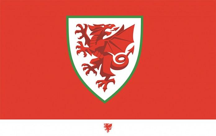 La Asociación de Fútbol de Gales o FAW mejora el dragón de su escudo