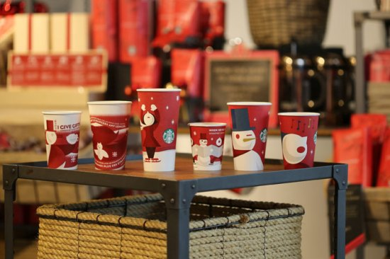 starbucks-christmas-4