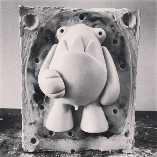 video-5-designer-toy-molde