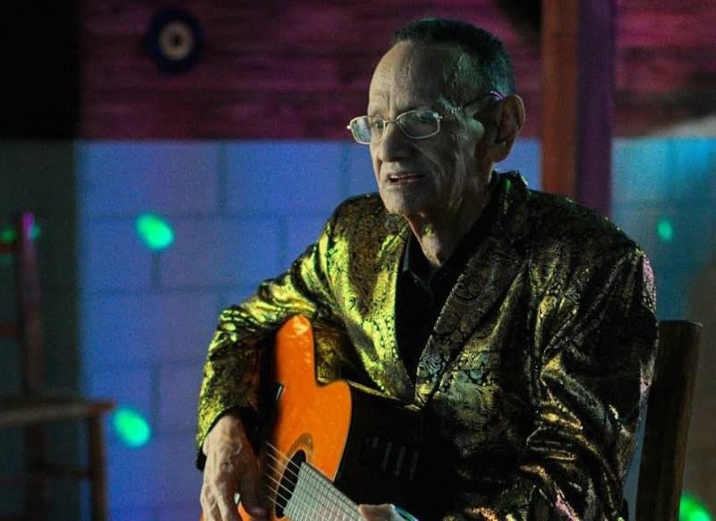 Luis Segura anuncia su último álbum legado a la bachata