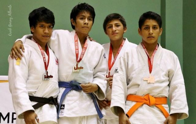 Masculino -55 Kg. 1. Víctor Chira (Piura) 2. Alexánder Ramírez (Guadalupe) 3. Augusto Linares (Olympique) Jonathan Alarcón (San Marcos)