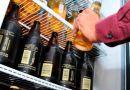 Cierran comercios por altos costos en licencias de alcoholes