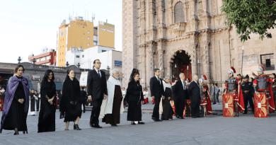 Guardia Pretoriana otorga reconocimiento al alcalde Xavier Nava