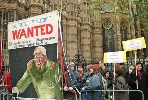 Tribunal popular internacional para castigar a Pinochet (1998)