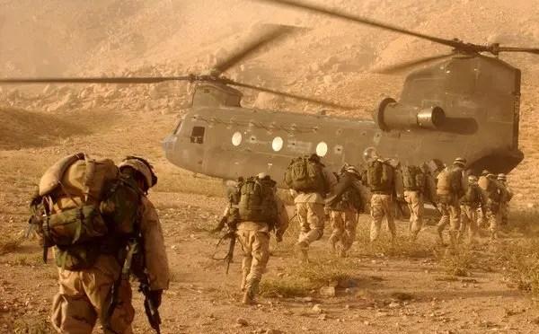 """Afganistán:  La """"guerra buena"""" cumple 16 años"""