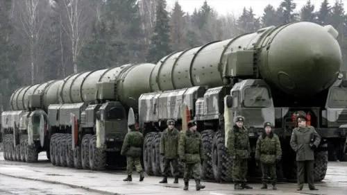Fin de la hegemonía de EE.UU., nuevo equilibrio militar con Rusia y China