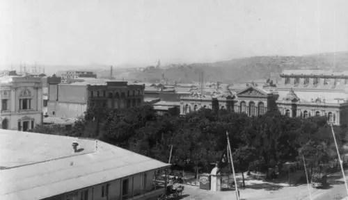 """""""Dos años de vacaciones"""", de Julio Verne: La referencia poética a Valparaíso"""