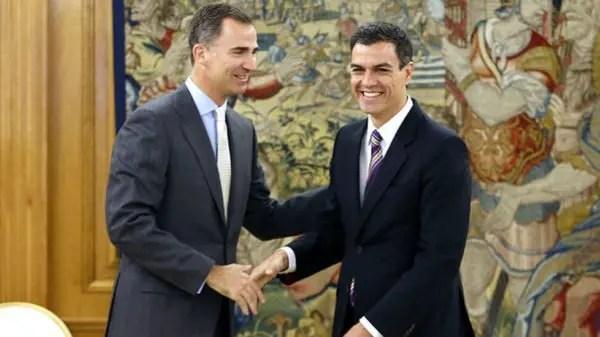 El presidente español del Partido Socialista nombra a un gabinete derechista