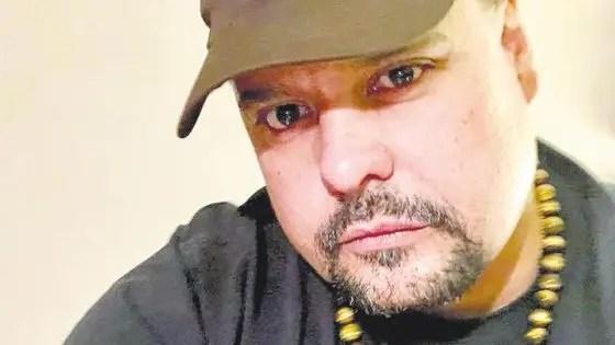 Entrevista a Alejandro Fernández: el nieto gay de Salvador Allende