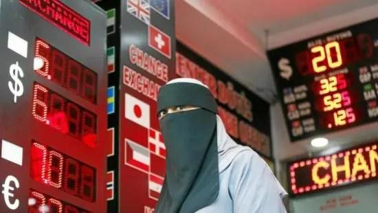 Los mercados mundiales se preparan para el impacto de la crisis de la lira turca