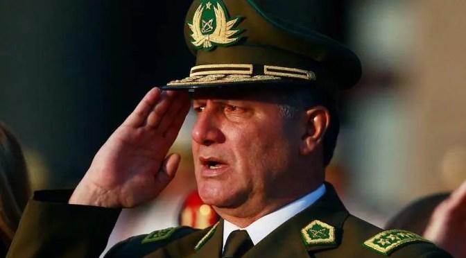 """Los chats que muestran cómo el general Villalobos dirigió la trama de la """"Operación Huracán"""""""