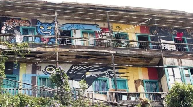 Familias de Valparaíso rechazan desalojo por avance inmobiliario en cerro El Litre