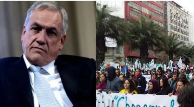 Jueves negro para el gobierno: Masiva marcha de Profesores, caída a 28% de aprobación y citación a Piñera por elusión de contribuciones