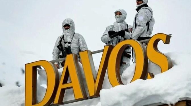 Los oligarcas se reúnen en Davos para enfrentar la rebelión de los trabajadores