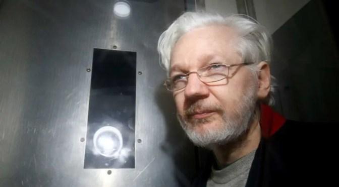 """Assange sería retenido en el """"rincón más oscuro del sistema penitenciario"""" si es extraditado a EEUU"""